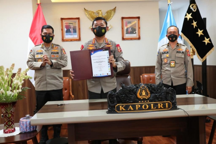 Kapolri Jenderal Idham Azis saat pengukuhan Tim Koordinasi Interpol Indonesia 2020. (Foto : Dok PMJ).