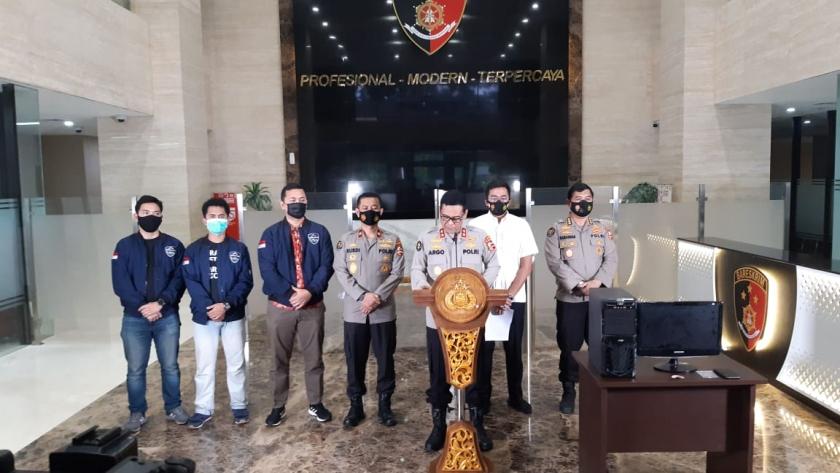 Keterangan Kadiv Humas Polri Irjen Pol Argo Yuwono soal penangkapan kasus pelecehan lagu  Indonesia Raya.