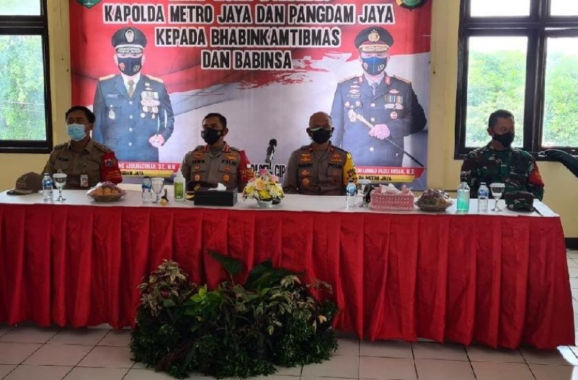 Wakapolda Metro Jaya, Brigjen Pol Hendro Pandowo mengunjungi Kampung Tangguh Jaya di Panti Bina Laras Harap Sentosa 2, Kecamatan Cipayung, Jakarta Timur. (Foto: PMJ News).