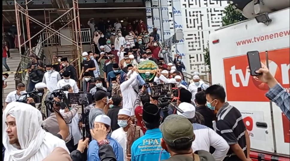 Prosesi  pemakaman Syekh Ali Jaber. (Foto: PMJ/ Istimewa)