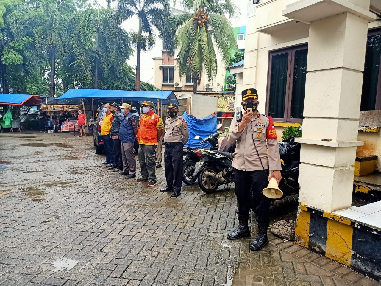 Anggota Polsek Medan Satria. (Foto: PMJ News).