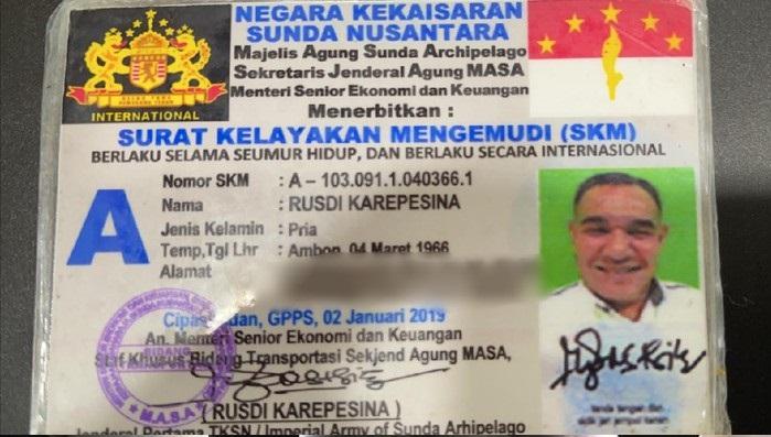 Penampakan Surat Kelayakan Mengemudi Negara Kekaisaran Sunda Nusantara. (Foto: Dok PMJ).