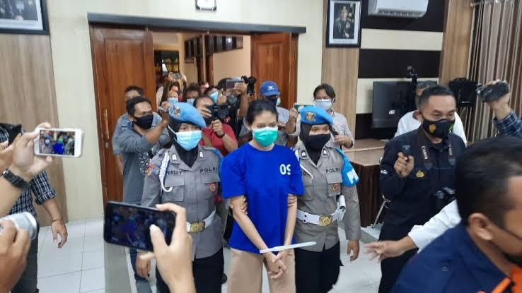 Pengungkapan kasus takjil sate beracun oleh jajaran Polres Bantul diperbantukan Polda DIY. (Foto: PMJ/ Istimewa).