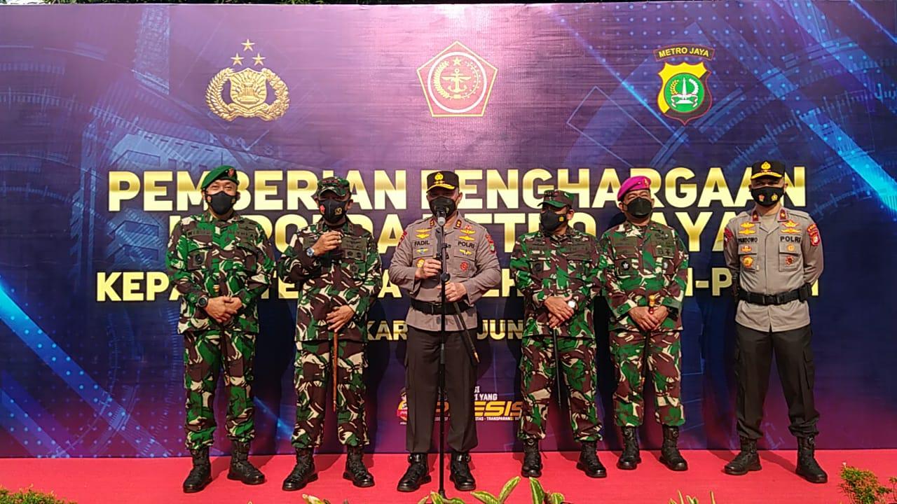 Kapolda Metro Jaya Irjen Pol Fadil Imran berikan keterangan. (Foto : PMJ/Yenni).