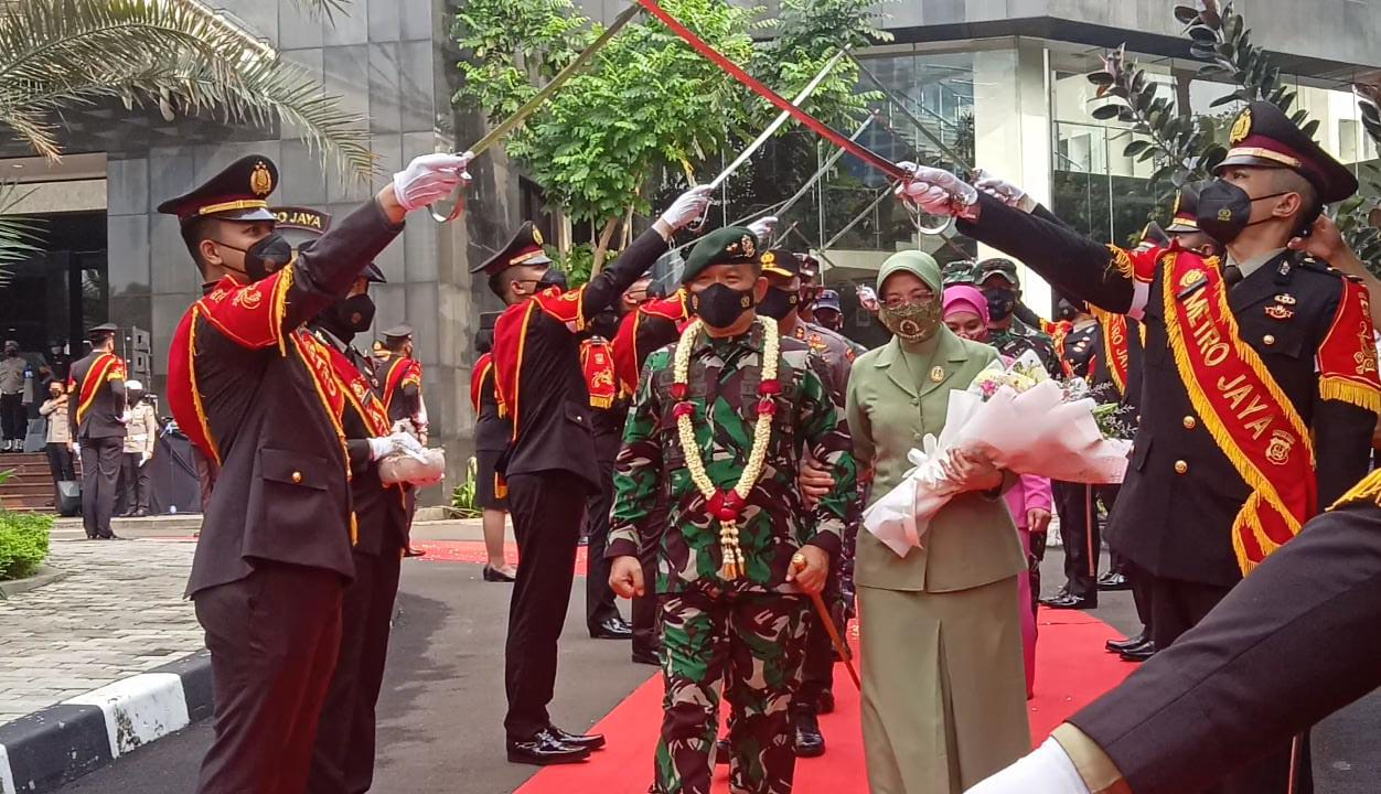 Pelepasan Mayjen TNI Dudung Abdurachman jadi Pangkostrad di Gedung Promoter Polda Metro Jaya. (Foto: PMJ News/ Yeni).