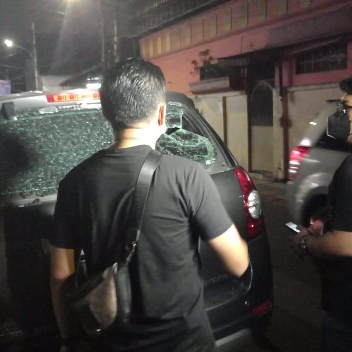 Jajaran Polsek Tamansari diperbantukan Polres Jakbar gelar olah TKP kasus penembakan. (Foto: PMJ News).