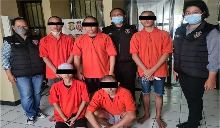 Polres Metro Jaksel membongkar kasus perotitusi online di Apartemen Kalibata City. (Foto: PMJ News).